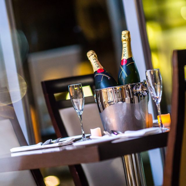 The Veranda Lounge opens to the delight of local foodies!